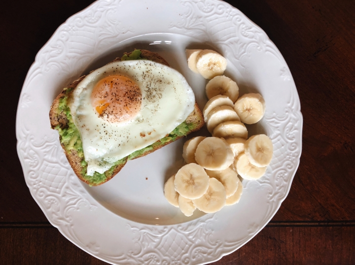 How To Cook The Perfect Over-Medium Egg For This Trendy Breakfast Toast